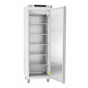 GRAM : gratis draadroosters bij koelkast